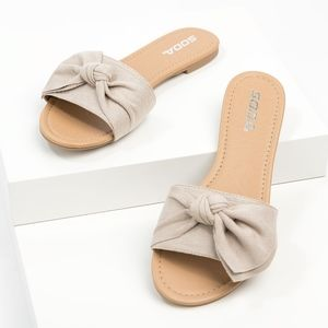 Bow Clay Slide Sandals